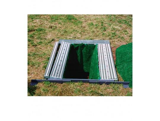Kpl. breitenverstellbare Garnituren, 2 Längsroste 300x2220 mm, 2 Längsroste, 120x2220 mm, 1 Stirnrost 300x1740 mm, 1 Traverse mit verstellbaren Auflageplatten